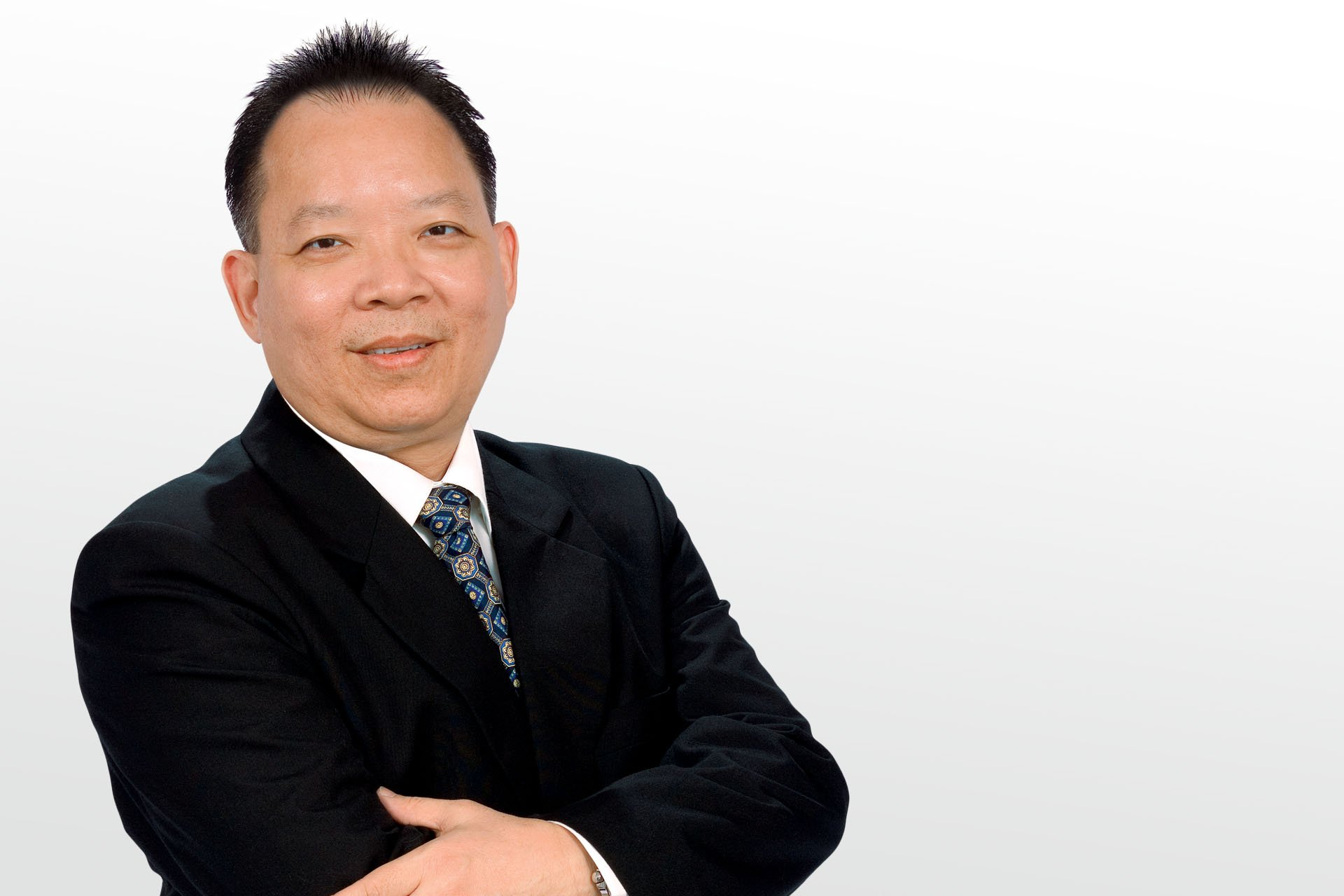 Dr. Aloysius Low, Malaysia<br>(about versatility and mobility of the Ziemer FEMTO LDV)